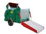 牵引式草料吹送垫床机 / 方形草捆 / 饲料